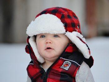 Comment prendre soin de la peau délicate de votre bébé en hiver?